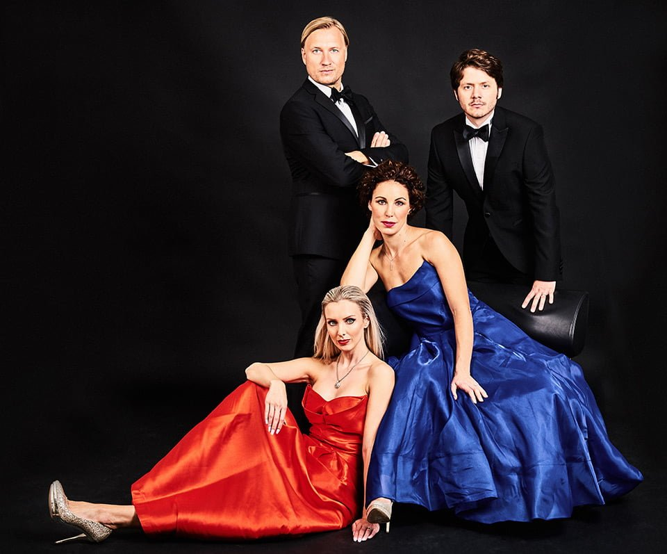 opera singers group photography